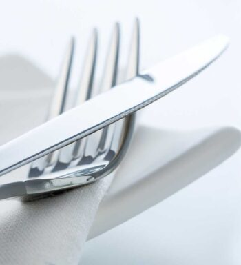 knife and fork setting